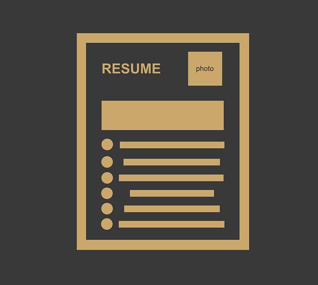 職務経歴書と履歴書って何が違うの!?違いを知ってから書き始めよう