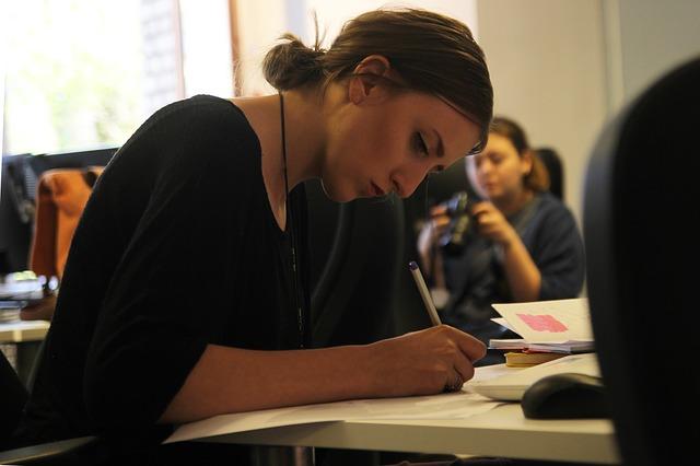 職業訓練校への通学が学歴に含まれるかどうか