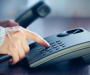 丁寧な対応で好印象を!電話の切り方のビジネスマナー