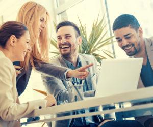 職場の雰囲気を明るくするための方法。雰囲気は伝染するから自分発信が大事