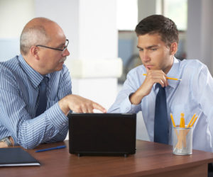 「営業職は稼げる」に潜む落とし穴。期待は捨てて現実を見極めよう