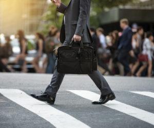 意外と見られているかも!?転職活動はバッグを意識しよう