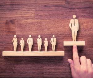 一般社員とどう違う?管理職に必要な視点とマインド