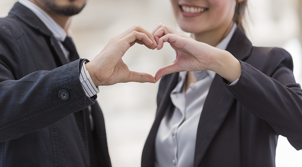 職場恋愛の注意事項。職場恋愛は大人の対応を貫いてこそ成就すると心得よう