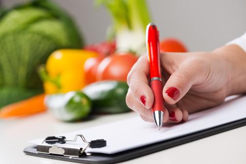 栄養士の転職活動ポイント。適性確認と視野を広く持つことが鍵!