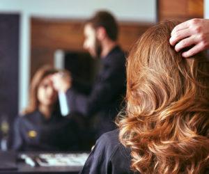 美容師の転職成功ポイントは?知識やスキルが活かせる美容院以外の転職先も紹介!