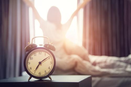 仕事もバッチリ時短できる!朝型生活がもたらすメリット