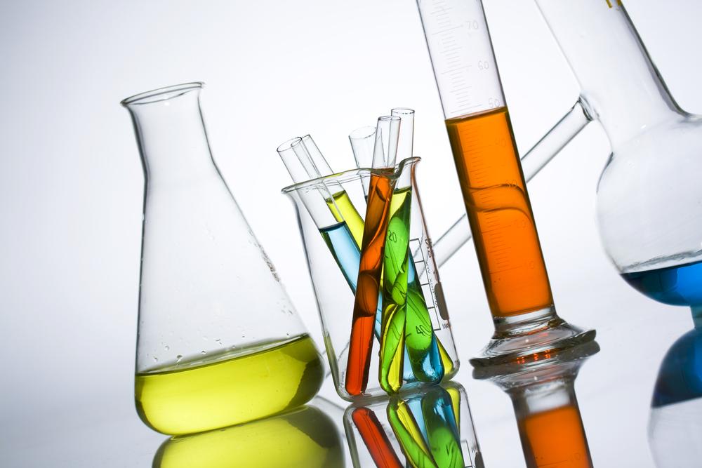 化学素材メーカー業界に転職したい第二新卒が知っておくべきポイントまとめ