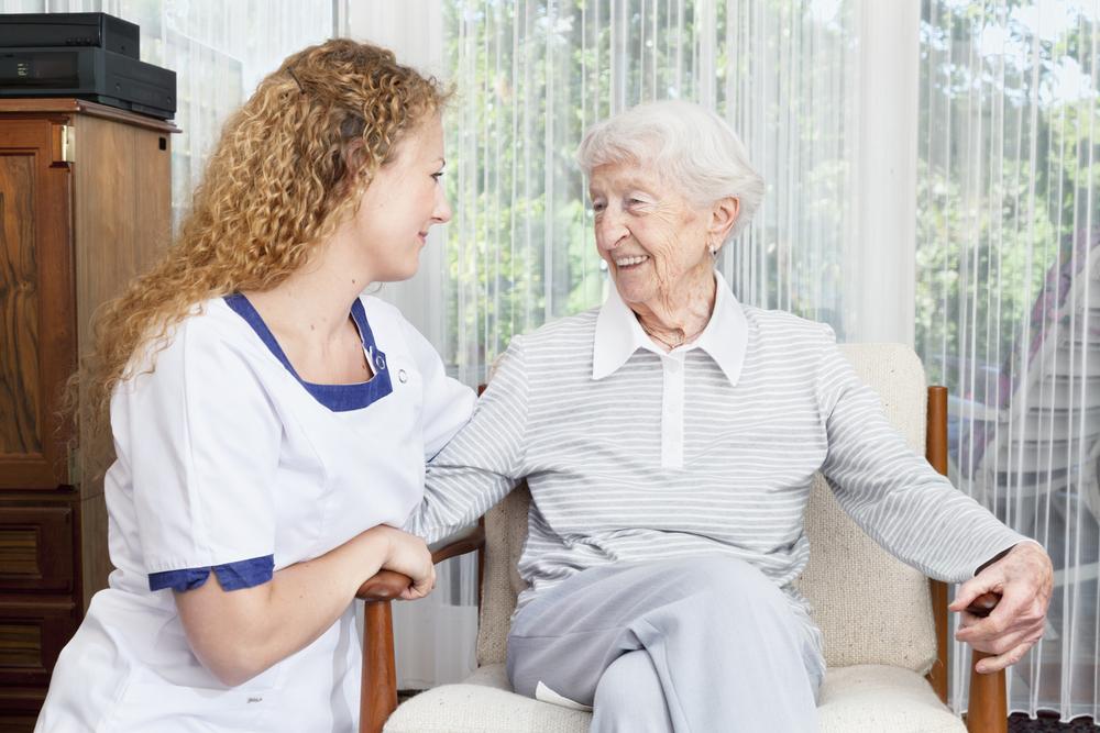 介護の仕事内容は簡単?実際にどんなことをするのかを紹介