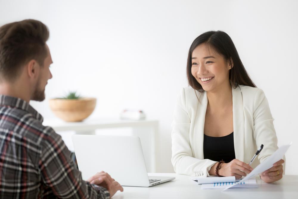 事務職の職務経歴書の見本とは?事務職向け職務経歴書を書く方法